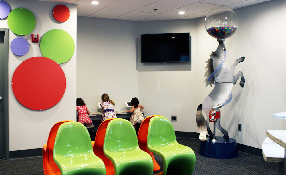 Modern Kids Dentistry Waiting Room